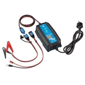 VICTRON BLUE SMART IP65 CHARGER 24/8(1) 230V A